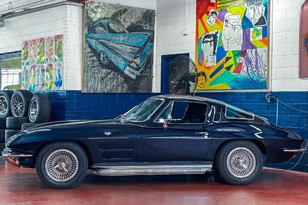 1964 Chevrolet Corvette 327/365hp 4-Speed