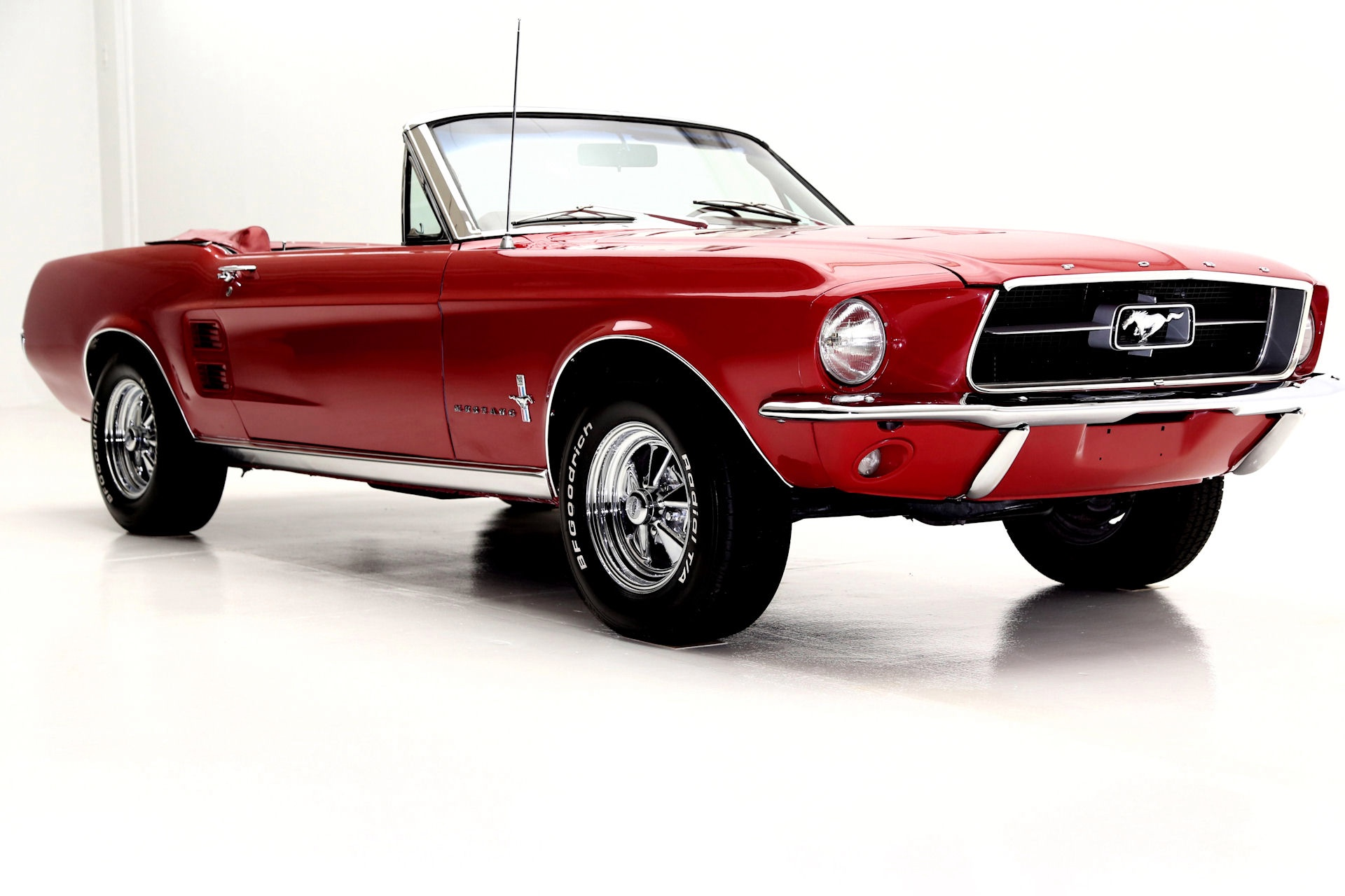 1967 Ford Mustang Convertible with factory a/c - American Dream ...