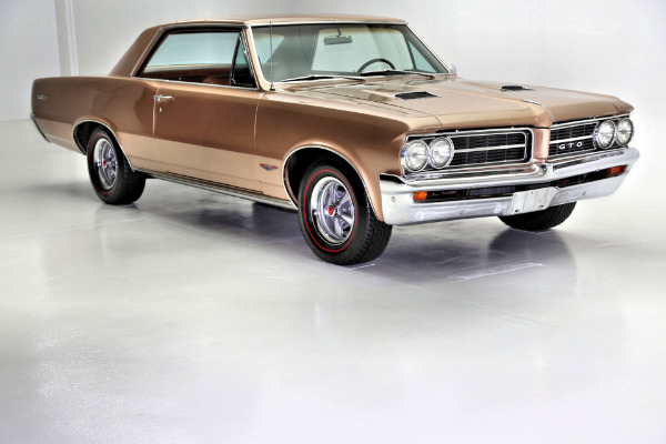 For Sale Used 1964 Pontiac GTO 389 4 Speed PHS Documents | American Dream Machines Des Moines IA 50309