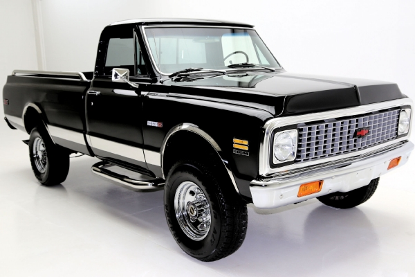 For Sale Used 1972 Chevrolet K20 Cheyenne pickup Black 4x4 Frame off | American Dream Machines Des Moines IA 50309