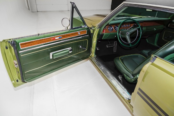 For Sale Used 1970 Plymouth GTX Real GTX 440  Air Grabber Hood | American Dream Machines Des Moines IA 50309