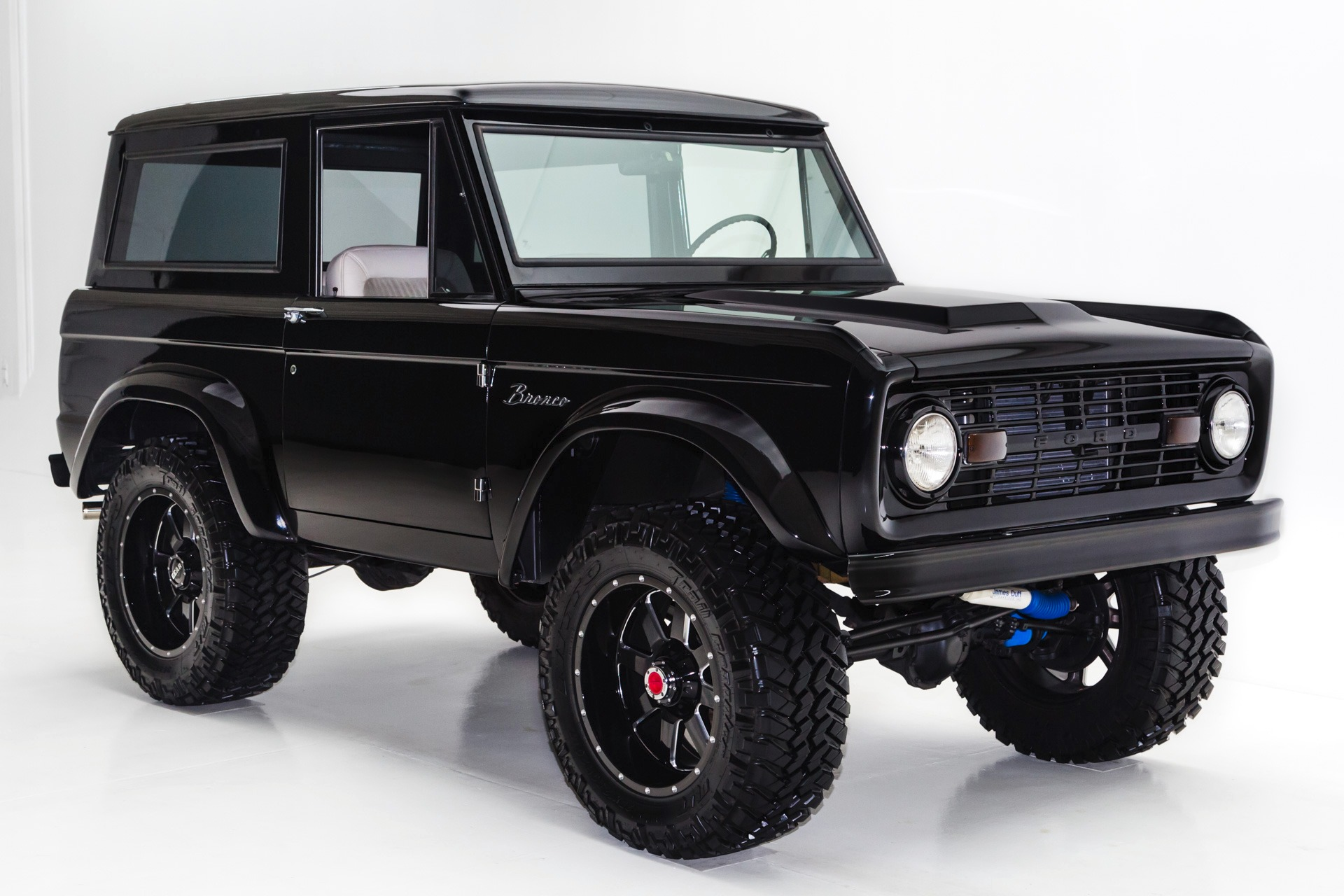 1977 Ford Bronco Jet Black Bronco 302 Lifted