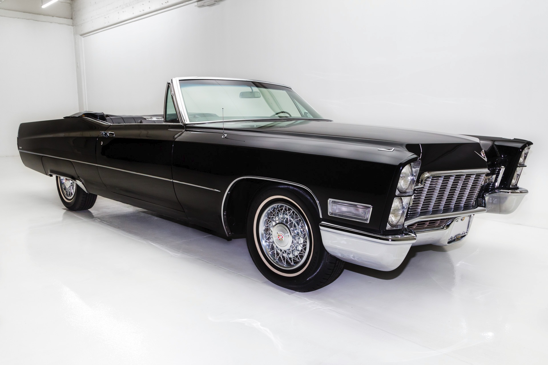 Cadillac Deville Triple Black American Dream Machines