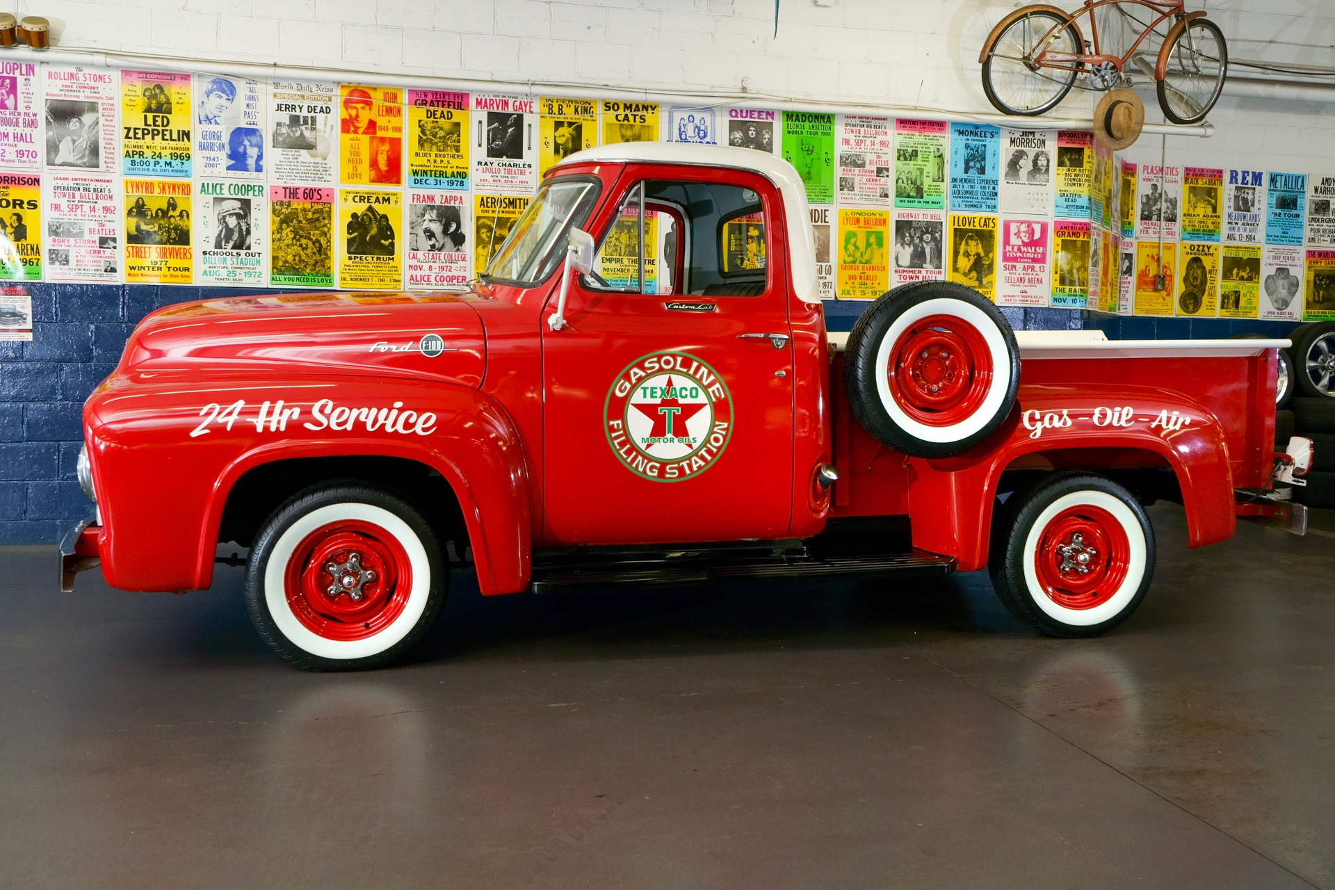 So Cal Speed Shop Arizona Ford F100 Truck 1955 Short Bed Pickup Texaco Oak