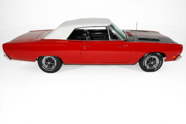 For Sale Used 1969 Plymouth Road Runner 426 Hemi Pistol Grip | American Dream Machines Des Moines IA 50309