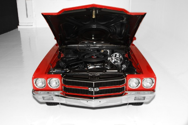 For Sale Used 1970 Chevrolet Chevelle Red SS 396/350 4-Speed | American Dream Machines Des Moines IA 50309