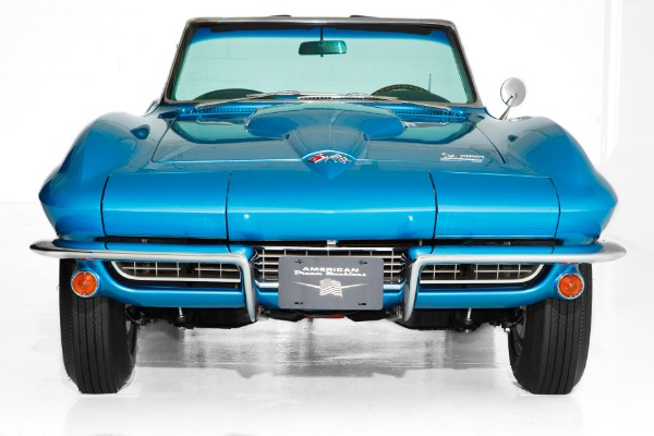 1966 Chevrolet Corvette 's Match 427/425 4-Spd