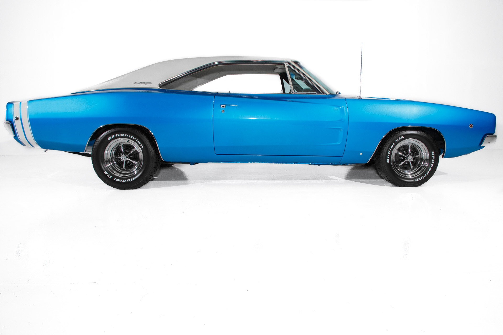1968 Dodge Charger RT 440 4-Speed PS PB AC