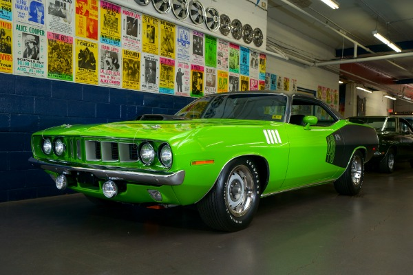 For Sale Used 1971 Plymouth Cuda 440 6-Pack Frame-Off | American Dream Machines Des Moines IA 50309