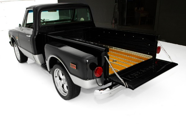 For Sale Used 1968 Chevrolet Pickup C10 Stepside Show Truck | American Dream Machines Des Moines IA 50309