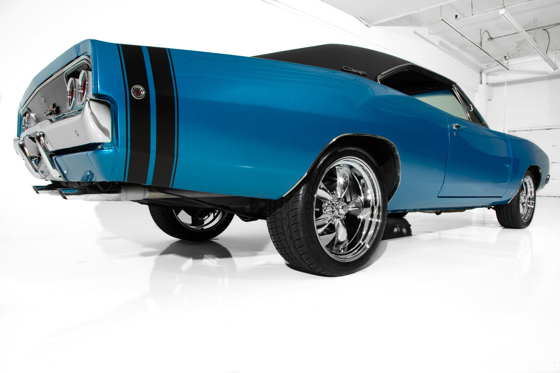 For Sale Used 1968 Dodge Charger B5 Blue  440/450, Chrome | American Dream Machines Des Moines IA 50309